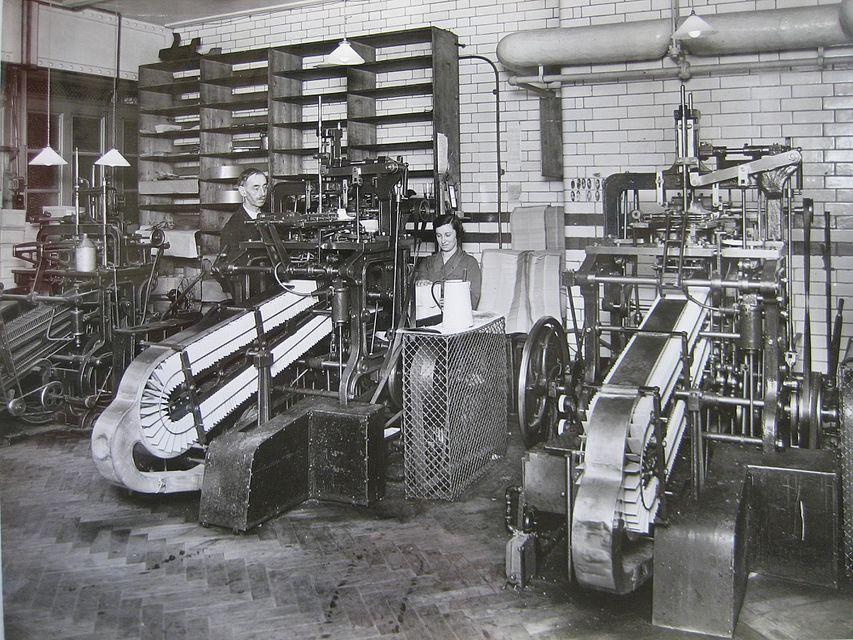 نمونه ای از دستگاه اتومات ساخت پاکت